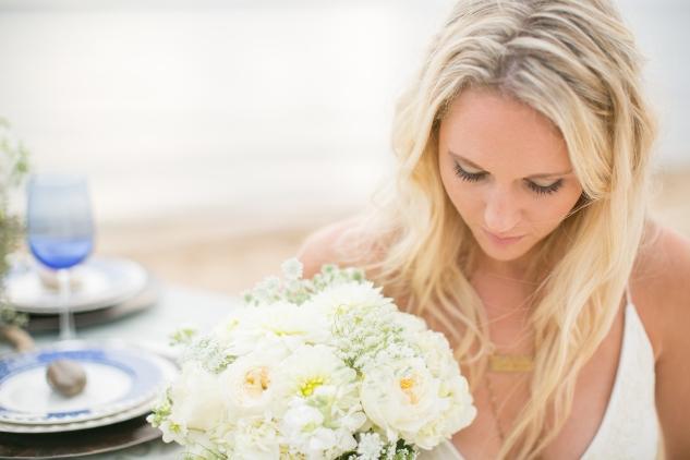 north-carolina-outer-banks-nags-head-blue-coastal-wedding-shoot-185