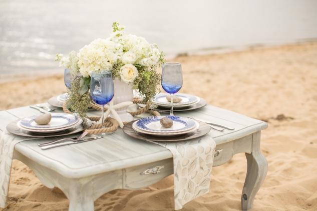 north-carolina-outer-banks-nags-head-blue-coastal-wedding-shoot-24