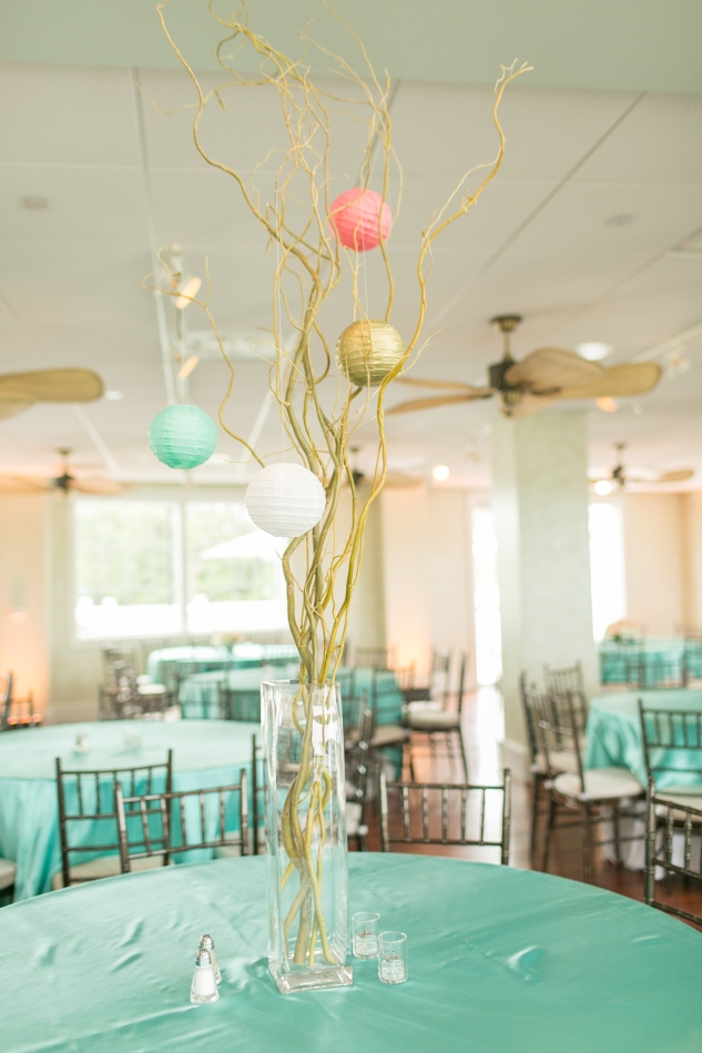 coral-aqua-teal-oyster-farm-eastern-shore-wedding-photo-amanda-hedgepeth-22