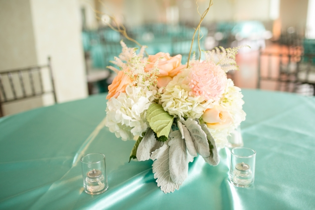 coral-aqua-teal-oyster-farm-eastern-shore-wedding-photo-amanda-hedgepeth-24