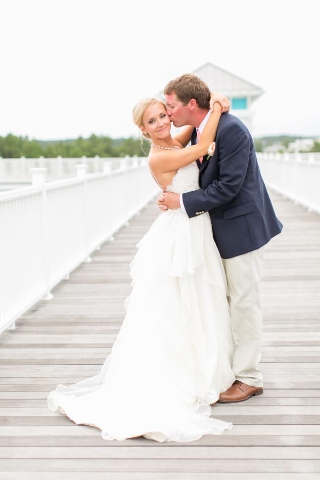 coral-aqua-teal-oyster-farm-eastern-shore-wedding-photo-amanda-hedgepeth-30