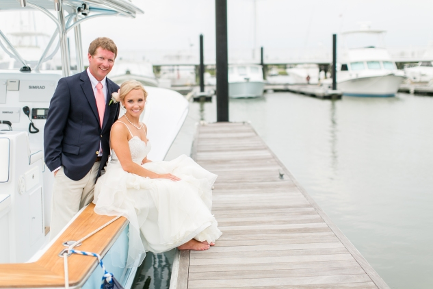 coral-aqua-teal-oyster-farm-eastern-shore-wedding-photo-amanda-hedgepeth-35