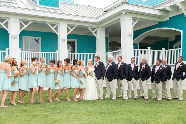 coral-aqua-teal-oyster-farm-eastern-shore-wedding-photo-amanda-hedgepeth-38