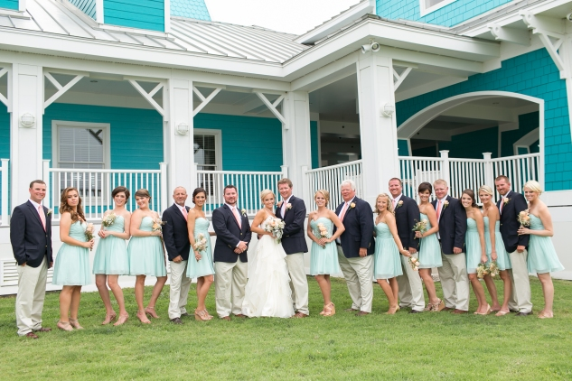 coral-aqua-teal-oyster-farm-eastern-shore-wedding-photo-amanda-hedgepeth-39