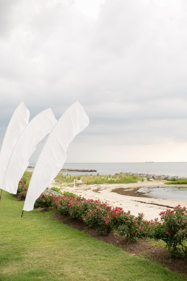 coral-aqua-teal-oyster-farm-eastern-shore-wedding-photo-amanda-hedgepeth-46