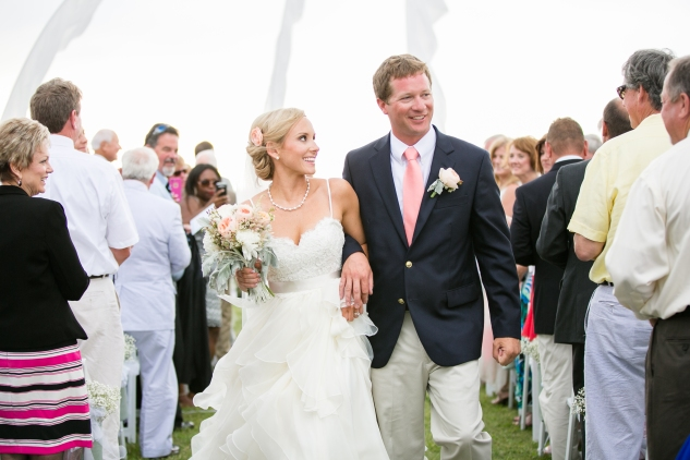 coral-aqua-teal-oyster-farm-eastern-shore-wedding-photo-amanda-hedgepeth-54
