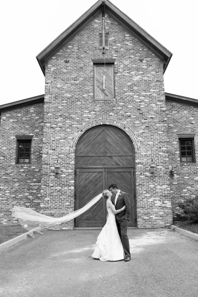 new-kent-winery-purple-wedding-amanda-hedgepeth-photography-71