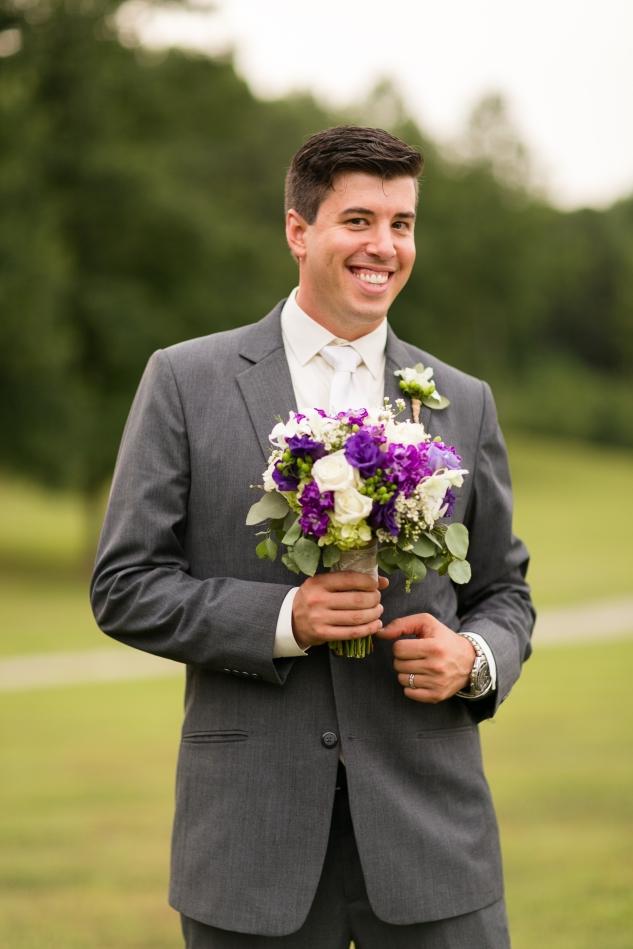 new-kent-winery-purple-wedding-amanda-hedgepeth-photography-80