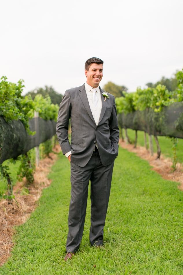 new-kent-winery-purple-wedding-amanda-hedgepeth-photography-95