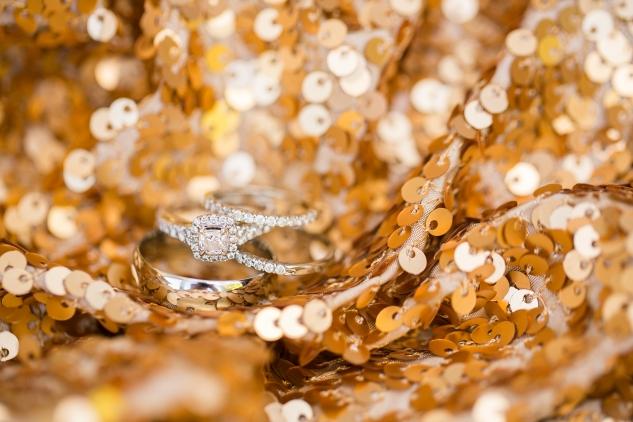 outer-banks-obx-wedding-jewel-toned-whalehead-black-stallion-amanda-hedgepeth-photo-18