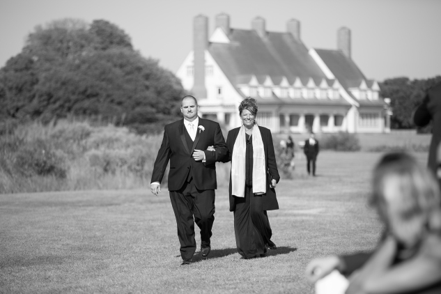 outer-banks-obx-wedding-jewel-toned-whalehead-black-stallion-amanda-hedgepeth-photo-43