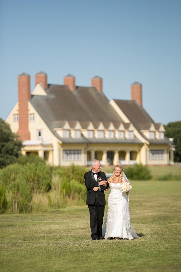 outer-banks-obx-wedding-jewel-toned-whalehead-black-stallion-amanda-hedgepeth-photo-44