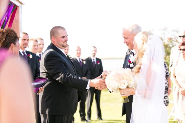 outer-banks-obx-wedding-jewel-toned-whalehead-black-stallion-amanda-hedgepeth-photo-47