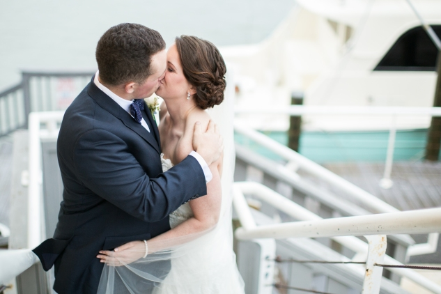 blue-coastal-virginia-beach-lesner-inn-wedding-photo-67