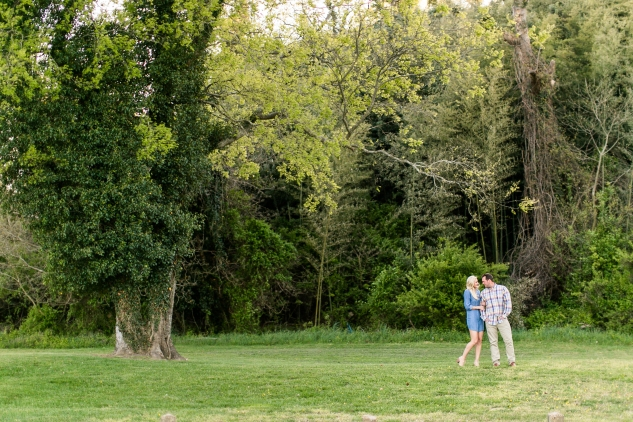 molly-brendan-yorktown-engagements-1