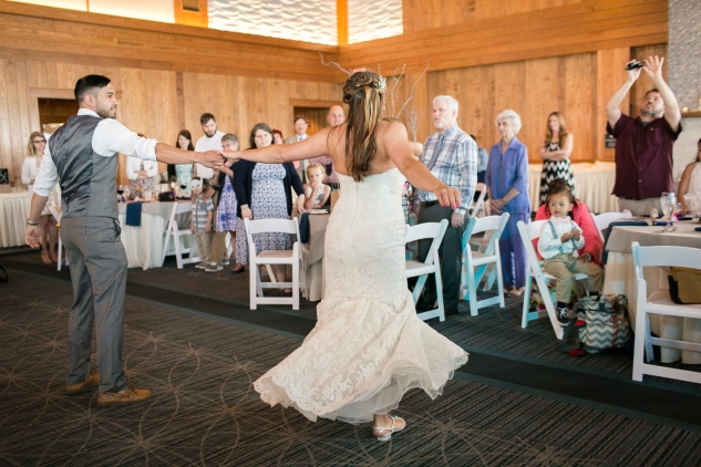 jennettes-pier-nags-head-obx-outer-banks-wedding-photo-amanda-hedgepeth-107
