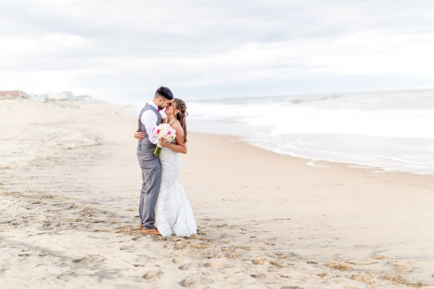 jennettes-pier-nags-head-obx-outer-banks-wedding-photo-amanda-hedgepeth-145