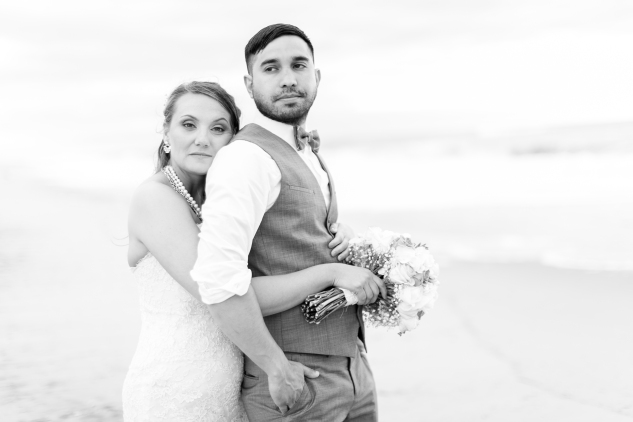 jennettes-pier-nags-head-obx-outer-banks-wedding-photo-amanda-hedgepeth-152