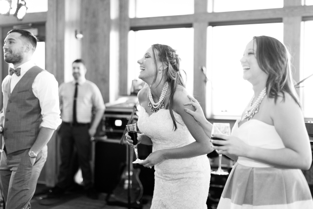 jennettes-pier-nags-head-obx-outer-banks-wedding-photo-amanda-hedgepeth-161