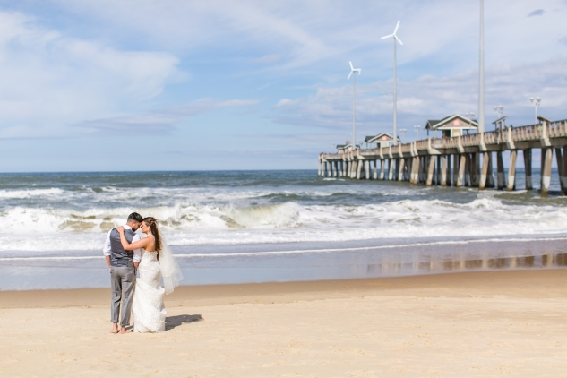 jennettes-pier-nags-head-obx-outer-banks-wedding-photo-amanda-hedgepeth-87