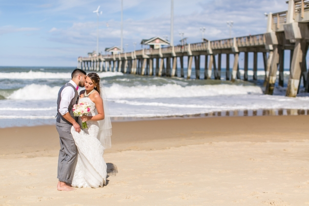 jennettes-pier-nags-head-obx-outer-banks-wedding-photo-amanda-hedgepeth-88