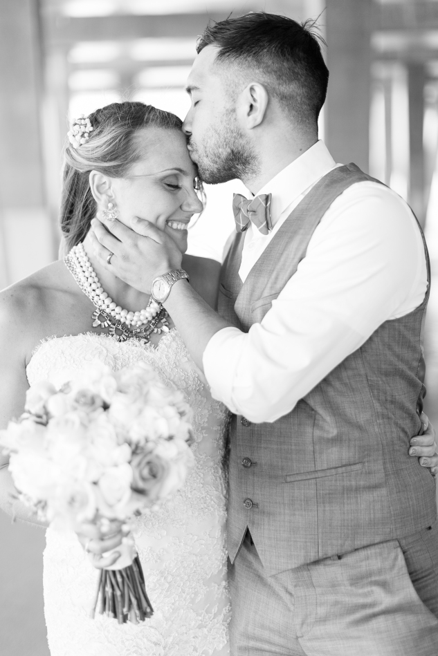 jennettes-pier-nags-head-obx-outer-banks-wedding-photo-amanda-hedgepeth-90