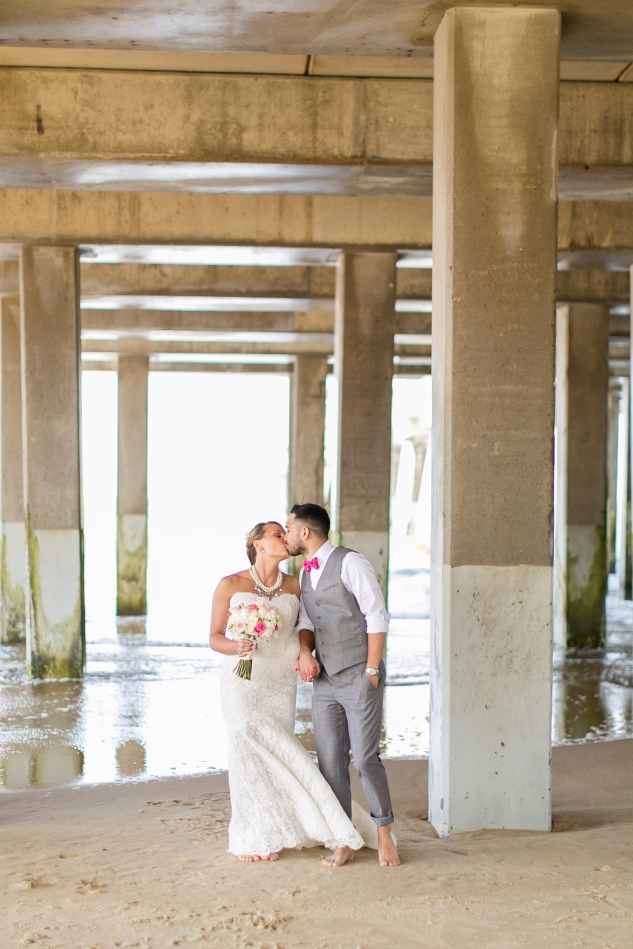 jennettes-pier-nags-head-obx-outer-banks-wedding-photo-amanda-hedgepeth-91