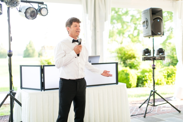 inn-at-warner-hall-classic-pale-blue-wedding-photo-amanda-hedgepeth-102