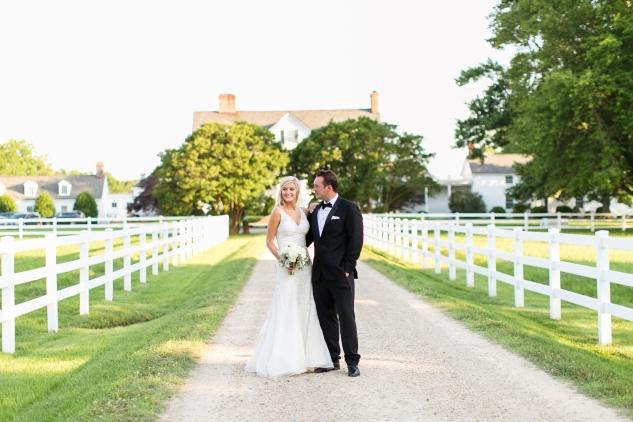 inn-at-warner-hall-classic-pale-blue-wedding-photo-amanda-hedgepeth-111