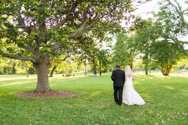 inn-at-warner-hall-classic-pale-blue-wedding-photo-amanda-hedgepeth-118