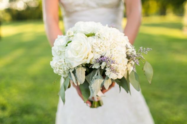 inn-at-warner-hall-classic-pale-blue-wedding-photo-amanda-hedgepeth-119