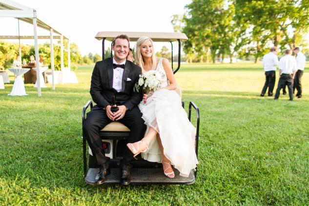 inn-at-warner-hall-classic-pale-blue-wedding-photo-amanda-hedgepeth-120