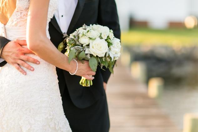 inn-at-warner-hall-classic-pale-blue-wedding-photo-amanda-hedgepeth-125