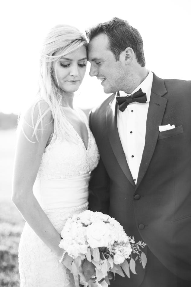 inn-at-warner-hall-classic-pale-blue-wedding-photo-amanda-hedgepeth-127