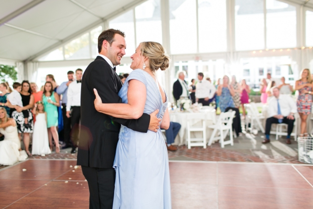inn-at-warner-hall-classic-pale-blue-wedding-photo-amanda-hedgepeth-132
