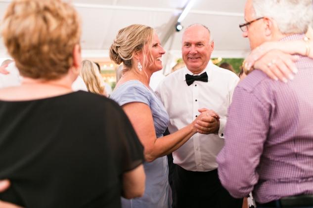 inn-at-warner-hall-classic-pale-blue-wedding-photo-amanda-hedgepeth-146