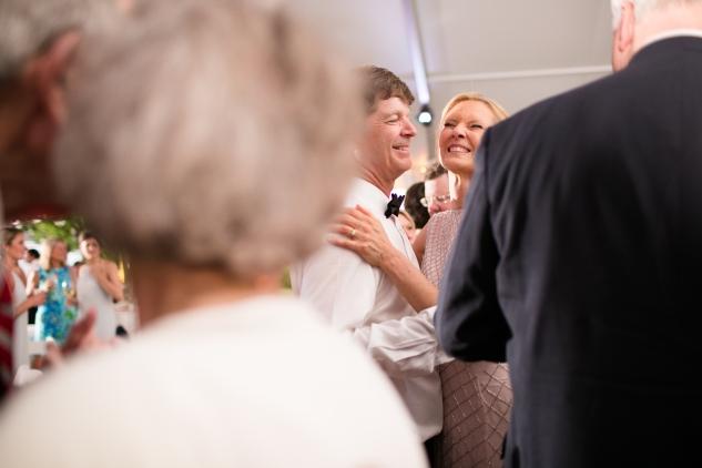 inn-at-warner-hall-classic-pale-blue-wedding-photo-amanda-hedgepeth-149