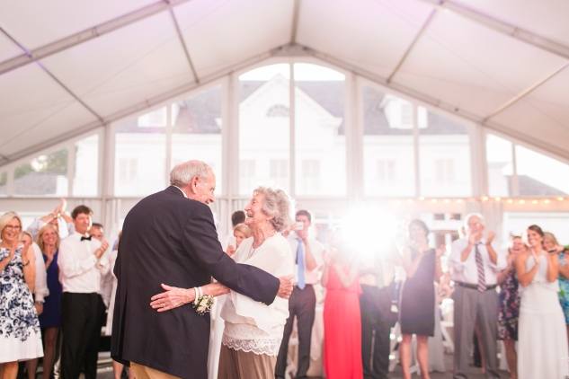 inn-at-warner-hall-classic-pale-blue-wedding-photo-amanda-hedgepeth-155