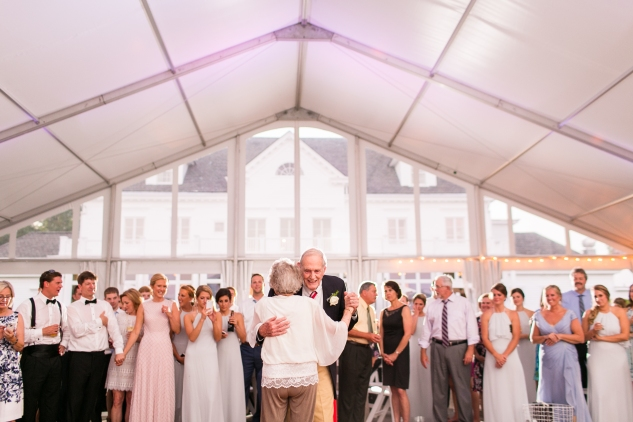inn-at-warner-hall-classic-pale-blue-wedding-photo-amanda-hedgepeth-159