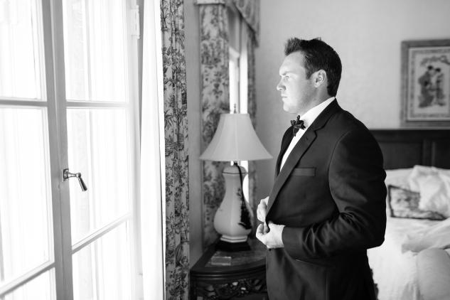 inn-at-warner-hall-classic-pale-blue-wedding-photo-amanda-hedgepeth-21