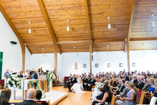 inn-at-warner-hall-classic-pale-blue-wedding-photo-amanda-hedgepeth-34