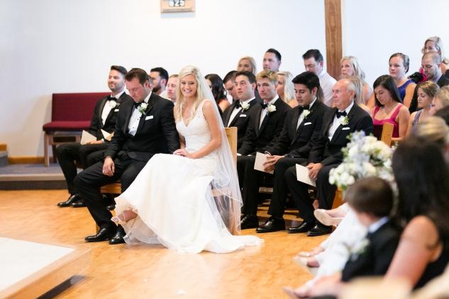 inn-at-warner-hall-classic-pale-blue-wedding-photo-amanda-hedgepeth-35