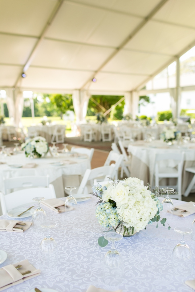 inn-at-warner-hall-classic-pale-blue-wedding-photo-amanda-hedgepeth-42
