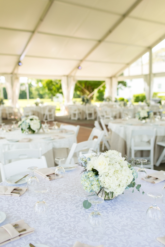 inn-at-warner-hall-classic-pale-blue-wedding-photo-amanda-hedgepeth-42