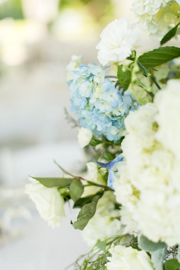 inn-at-warner-hall-classic-pale-blue-wedding-photo-amanda-hedgepeth-47