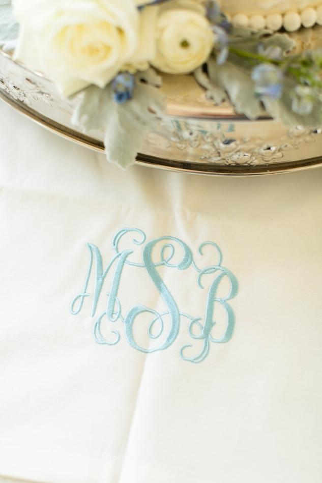 inn-at-warner-hall-classic-pale-blue-wedding-photo-amanda-hedgepeth-53