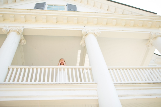 inn-at-warner-hall-classic-pale-blue-wedding-photo-amanda-hedgepeth-57