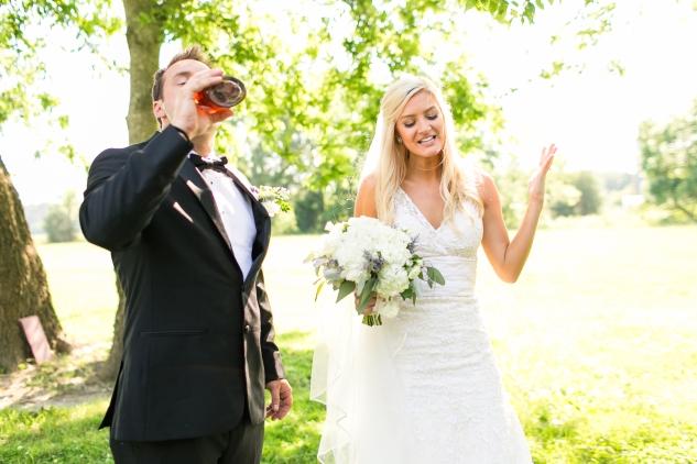inn-at-warner-hall-classic-pale-blue-wedding-photo-amanda-hedgepeth-65