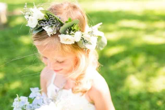 inn-at-warner-hall-classic-pale-blue-wedding-photo-amanda-hedgepeth-67