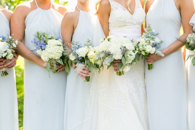 inn-at-warner-hall-classic-pale-blue-wedding-photo-amanda-hedgepeth-74